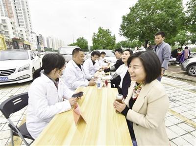 河南社旗驻村第一书记为生命争取时间